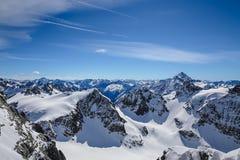 Ομορφότερο χιόνι landsacpe Στοκ Εικόνες