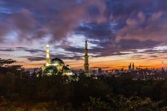 Ομοσπονδιακό μουσουλμανικό τέμενος Κουάλα Λουμπούρ, Μαλαισία εδαφών στοκ φωτογραφία με δικαίωμα ελεύθερης χρήσης