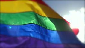 Ομοφυλοφιλική σημαία ουράνιων τόξων υπερηφάνειας αναδρομικά φωτισμένη