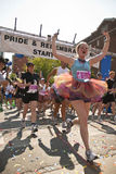 ομοφυλοφιλικοί δρομείς Τορόντο φυλών υπερηφάνειας στοκ φωτογραφία με δικαίωμα ελεύθερης χρήσης