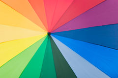 ομπρέλα ουράνιων τόξων χρωμά& Στοκ φωτογραφίες με δικαίωμα ελεύθερης χρήσης
