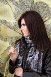 ομπρέλα πορτρέτου κοριτ&sigma Στοκ εικόνες με δικαίωμα ελεύθερης χρήσης