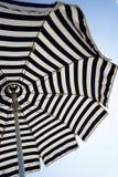 ομπρέλα διακοπών έννοιας παραλιών Στοκ φωτογραφία με δικαίωμα ελεύθερης χρήσης