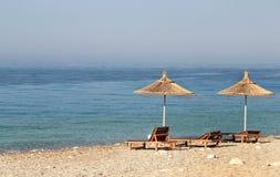 Ομπρέλες αχύρου στην παραλία Στοκ φωτογραφίες με δικαίωμα ελεύθερης χρήσης