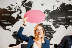 ονειρεμένος γυναίκα διακοπών Στοκ εικόνα με δικαίωμα ελεύθερης χρήσης
