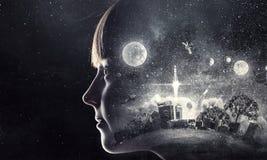 ονειρεμένος κορίτσι ελά&c Μικτά μέσα Στοκ Εικόνες