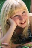 ονειροπόλες νεολαίες κοριτσιών στοκ φωτογραφίες με δικαίωμα ελεύθερης χρήσης