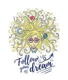 ονειροπόλος Τα όνειρα κοριτσιών με τις ιδιαίτερες προσοχές Η ξανθή τρίχα του πλανήτη και του αστεριού Δημιουργική διαδικασία ή πε απεικόνιση αποθεμάτων