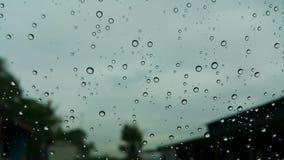 Ονειροπόλο υπόβαθρο με τα σαφή σταγονίδια νερού φυσαλίδων Στοκ Φωτογραφίες