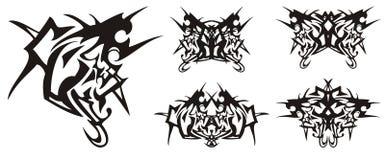 Οξυνμένες επικεφαλής σύμβολο και πεταλούδες αετών που διαμορφώνονται από το Στοκ εικόνες με δικαίωμα ελεύθερης χρήσης