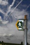 Οξυδωμένο σημάδι περπατήματος Στοκ φωτογραφία με δικαίωμα ελεύθερης χρήσης