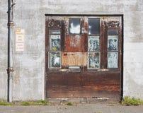 οπίσθιο τμήμα εισόδων πορ&tau Στοκ εικόνα με δικαίωμα ελεύθερης χρήσης