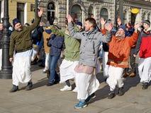 Οπαδοί Krishna που χορεύουν στην οδό Στοκ εικόνα με δικαίωμα ελεύθερης χρήσης