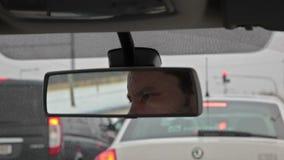 Οπισθοσκόπος καθρέφτης αυτοκινήτων, η αντανάκλαση απόθεμα βίντεο
