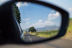 Οπισθοσκόπος καθρέφτης κοντά σε Clarens, ελεύθερο κράτος, Νότια Αφρική Στοκ Φωτογραφίες