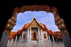 οποιοσδήποτε εμφανίζονται όμορφος βουδισμός benjamaborphit της Μπανγκόκ καλλιτεχνών τέχνης που το βουδιστικό αντίγραφο εκκλησιών  Στοκ φωτογραφίες με δικαίωμα ελεύθερης χρήσης