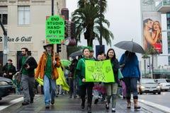 Οπτική διαμαρτυρία καλλιτεχνών αποτελεσμάτων κατά τη διάρκεια των βραβείο 'Οσκαρ Στοκ φωτογραφία με δικαίωμα ελεύθερης χρήσης