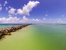 Ορίζοντας από την αποβάθρα του Μαϊάμι Μπιτς, νότια παραλία στοκ εικόνες