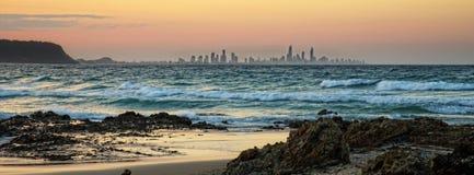 Ορίζοντας και ωκεανός πόλεων στοκ φωτογραφία με δικαίωμα ελεύθερης χρήσης