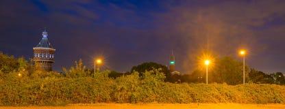Ορίζοντας μιας πόλης τή νύχτα Στοκ φωτογραφίες με δικαίωμα ελεύθερης χρήσης