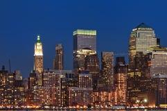 Ορίζοντας νύχτας πόλεων της Νέας Υόρκης Στοκ φωτογραφία με δικαίωμα ελεύθερης χρήσης