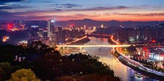 Ορίζοντας νύχτας πόλεων Chongqing Στοκ φωτογραφία με δικαίωμα ελεύθερης χρήσης