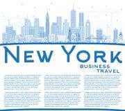 Ορίζοντας πόλεων της Νέας Υόρκης ΗΠΑ περιλήψεων με τα μπλε κτήρια και το αντίγραφο S Στοκ εικόνα με δικαίωμα ελεύθερης χρήσης