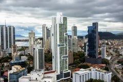 Ορίζοντας πόλεων του Παναμά - σύγχρονος ορίζοντας πόλεων - πανόραμα οικοδόμησης ουρανοξυστών - Στοκ φωτογραφίες με δικαίωμα ελεύθερης χρήσης