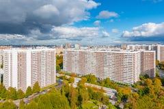 Ορίζοντας πόλεων στο χρόνο ημέρας Στοκ Εικόνες