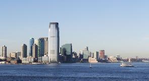 Ορίζοντας πόλεων της Νέας Υόρκης λιμενικής άποψης Στοκ Εικόνα