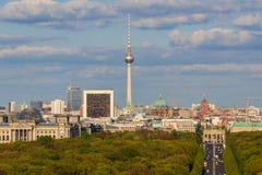 Ορίζοντας πόλεων του Βερολίνου - ορίζοντας του Βερολίνου Στοκ εικόνες με δικαίωμα ελεύθερης χρήσης