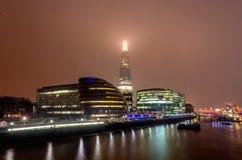 Ορίζοντας πόλεων του Λονδίνου τη νύχτα Στοκ φωτογραφίες με δικαίωμα ελεύθερης χρήσης
