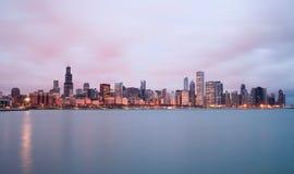 Ορίζοντας πόλεων του Μίτσιγκαν Σικάγο Ιλλινόις λιμνών ουρανού χρώματος ανατολής Στοκ φωτογραφίες με δικαίωμα ελεύθερης χρήσης