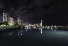 Ορίζοντας πόλεων του Παναμά από το λιμάνι Στοκ φωτογραφία με δικαίωμα ελεύθερης χρήσης