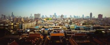 ορίζοντας της Μπανγκόκ εικονικής παράστασης πόλης, Ταϊλάνδη Η Μπανγκόκ είναι μητρόπολη στοκ φωτογραφία με δικαίωμα ελεύθερης χρήσης