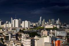 ορίζοντας της Μπανγκόκ εικονικής παράστασης πόλης, Ταϊλάνδη Η Μπανγκόκ είναι μητρόπολη και φ στοκ φωτογραφία με δικαίωμα ελεύθερης χρήσης