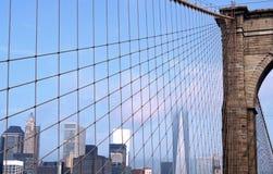 Ορίζοντας της Νέας Υόρκης γεφυρών του Μπρούκλιν Στοκ Εικόνες