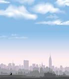 Ορίζοντας της Νέας Υόρκης. Διανυσματικό ΑΜΕΡΙΚΑΝΙΚΟ τοπίο. Εικονική παράσταση πόλης στα ξημερώματα. Στοκ φωτογραφία με δικαίωμα ελεύθερης χρήσης