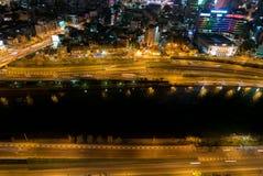 Ορίζοντας της πόλης του Ho Chi Minh τή νύχτα με τα ίχνη των φω'των, Viet Στοκ φωτογραφία με δικαίωμα ελεύθερης χρήσης