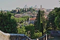 Ορίζοντας της Ρώμης από το Hill Aventine στοκ φωτογραφία