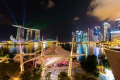 Ορίζοντας της Σιγκαπούρης και άποψη του κόλπου μαρινών στο σούρουπο Στοκ φωτογραφία με δικαίωμα ελεύθερης χρήσης