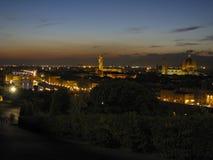Ορίζοντας της Φλωρεντίας τη νύχτα το καλοκαίρι Στοκ φωτογραφία με δικαίωμα ελεύθερης χρήσης