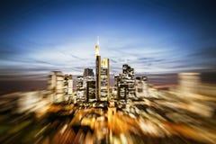 Ορίζοντας της Φρανκφούρτης με την επίδραση ζουμ Στοκ Εικόνες
