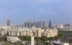 Ορίζοντας του βόρειου Τελ Αβίβ στο ηλιοβασίλεμα, εικονική παράσταση πόλης του Τελ Αβίβ, Ισραήλ στοκ εικόνα