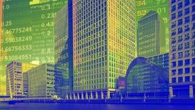 Ορίζοντας του Λονδίνου docklands με τα στοιχεία και τον κώδικα στοκ εικόνες
