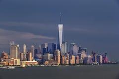Ορίζοντας του Μανχάταν πόλεων της Νέας Υόρκης - Πύργος της Ελευθερίας Στοκ εικόνες με δικαίωμα ελεύθερης χρήσης