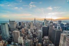 Ορίζοντας του Μανχάτταν πόλεων της Νέας Υόρκης ευρέως Στοκ Εικόνες