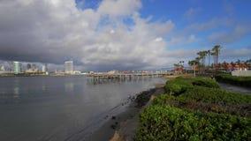 Ορίζοντας του Σαν Ντιέγκο μια ηλιόλουστη ημέρα φιλμ μικρού μήκους