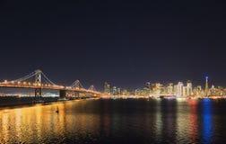 Ορίζοντας του Σαν Φρανσίσκο, Καλιφόρνια, ΗΠΑ Στοκ φωτογραφία με δικαίωμα ελεύθερης χρήσης