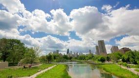 Ορίζοντας του Σικάγου από το χρονικό σφάλμα πάρκων του Λίνκολν απόθεμα βίντεο